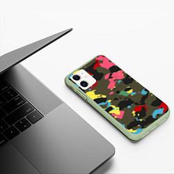 Чехол iPhone 11 матовый Цветной камуфляж цвета 3D-салатовый — фото 2