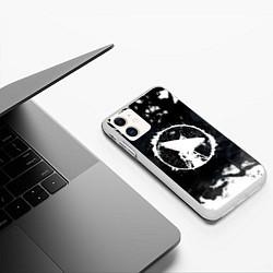 Чехол iPhone 11 матовый ГРОТ цвета 3D-белый — фото 2