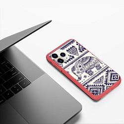 Чехол iPhone 11 Pro матовый Африка цвета 3D-красный — фото 2