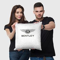Подушка квадратная Bentley цвета 3D — фото 2