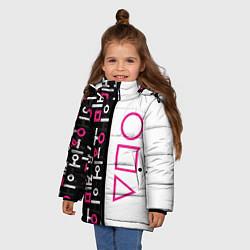 Куртка зимняя для девочки Игра в кальмара: Стражи цвета 3D-черный — фото 2