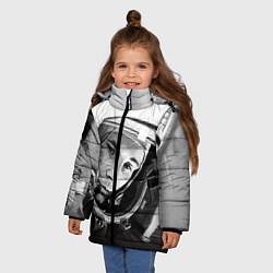 Куртка зимняя для девочки Юрий Гагарин цвета 3D-черный — фото 2