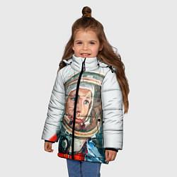 Детская зимняя куртка для девочки с принтом Гагарин в полете, цвет: 3D-черный, артикул: 10092034406065 — фото 2