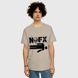 Футболка оверсайз мужская NOFX crushman цвета миндальный — фото 2