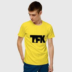 Футболка хлопковая мужская TFK: Black Logo цвета желтый — фото 2