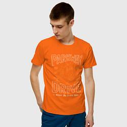 Футболка хлопковая мужская Parkway Drive: Keep the flame alive цвета оранжевый — фото 2