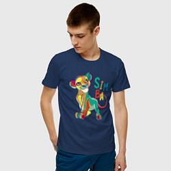 Мужская хлопковая футболка с принтом Симба Львёнок, цвет: тёмно-синий, артикул: 10266104100001 — фото 2