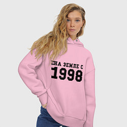 Толстовка оверсайз женская На Земле с 1998 цвета светло-розовый — фото 2
