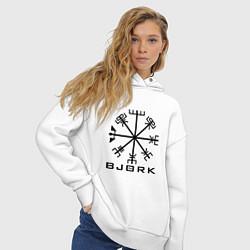 Толстовка оверсайз женская Bjork Rune цвета белый — фото 2