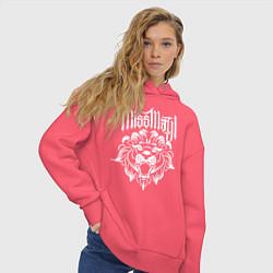 Толстовка оверсайз женская Miss May I: Angry Lion цвета коралловый — фото 2