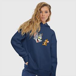 Толстовка оверсайз женская Tom & Jerry цвета тёмно-синий — фото 2