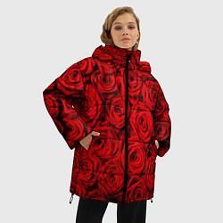 Женская зимняя 3D-куртка с капюшоном с принтом Красные розы, цвет: 3D-черный, артикул: 10085386706071 — фото 2