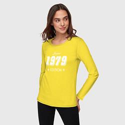 Лонгслив хлопковый женский Limited Edition 1979 цвета желтый — фото 2