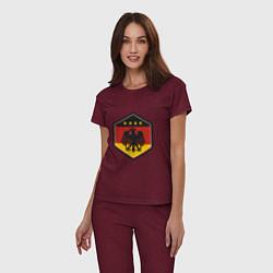 Пижама хлопковая женская Немецкий фанат цвета меланж-бордовый — фото 2