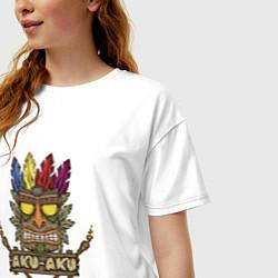 Футболка оверсайз женская Aku-Aku (Crash Bandicoot) цвета белый — фото 2
