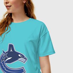 Футболка оверсайз женская Vancouver Canucks цвета бирюзовый — фото 2