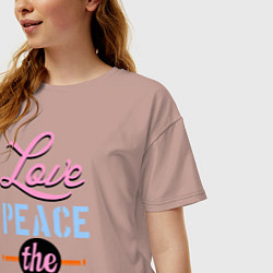 Футболка оверсайз женская Love peace the Beatles цвета пыльно-розовый — фото 2