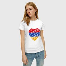 Футболка хлопковая женская Сердце Армении цвета белый — фото 2
